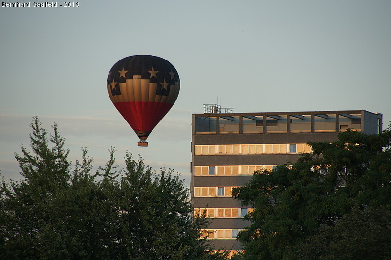 Heißluftballon - Bernhard Saalfeld