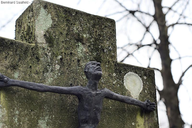 Christusfigur - Bernhard Saalfeld