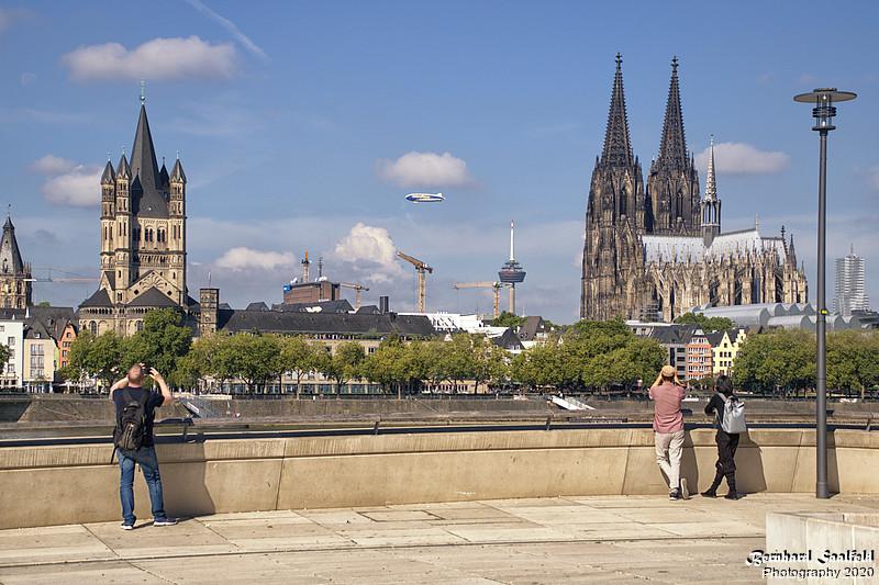 GoodYear Airship over Cologne - Bernhard Saalfeld