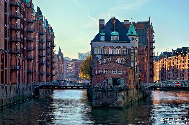 Wasserschloss Hamburg - Bernhard Saalfeld